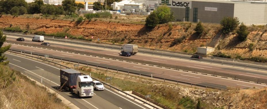 El Consejo de Ministros impulsa un régimen sancionador para la lucha contra la morosidad en el transporte de mercancías por carretera